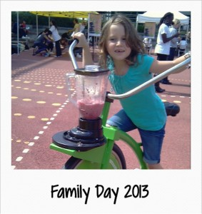 family smoothie bike hire event